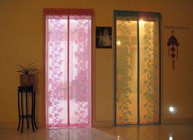 Шторы на дверной проем (двери)