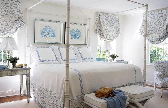 короткие шторы в спальню по французски